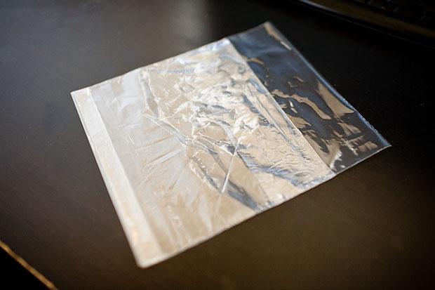 shoot-plastic-bag-photos