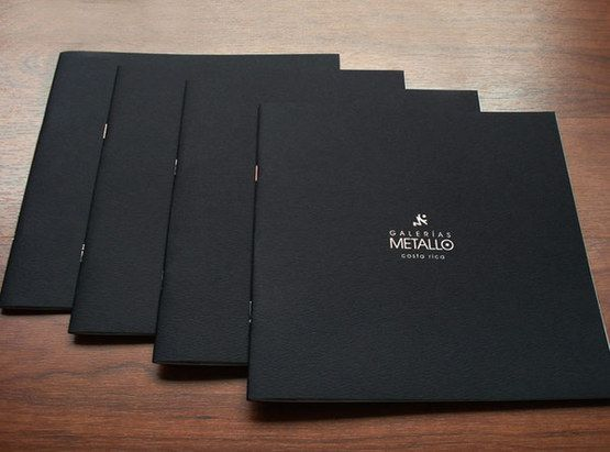 Fashion Brochure Design Examples - Galerias Metallo